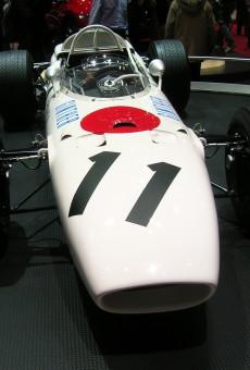 2006_SAG_-_F1_Honda_RA272_1965_-02