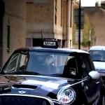 mini-taxi-still